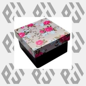 packaging house us 2020 10 20T150010.810 300x300 - printed gift boxes wholesale